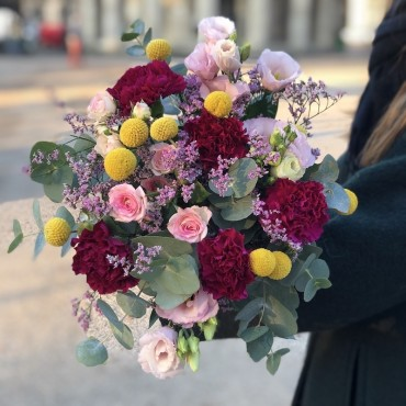 bouquet craspedia